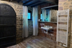 Marmor-Badezimmer bei Master Bedroom