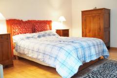 Schlafzimmer 01 Bett Nachttische Schrank