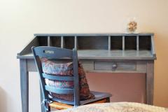 Schlafzimmer 2 Tisch